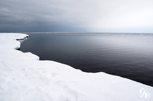 Photo: Winter on Lake Superior in Duluth, Minnesota. Photo by Chris J. Benson